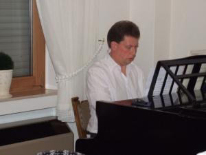 2009 FLWF 012